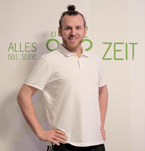 Maurizio Dill - Nach 5 Jahren mobiler Selbständigkeit gründete Maurizio 2017 die LeMani.physio Heilpraxis in der wunderschönen Hölzleinsmühle in Bayreuth.